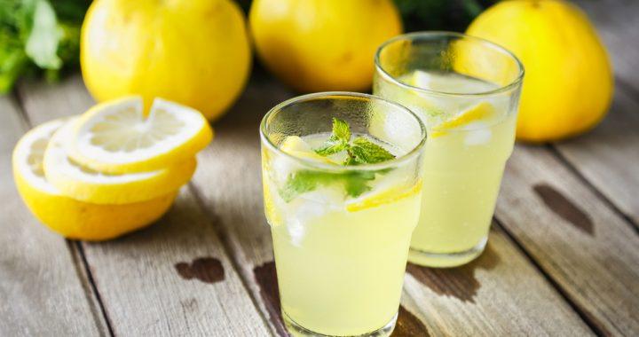 Шакарсиз лимонли сув саратонни чекинтиради