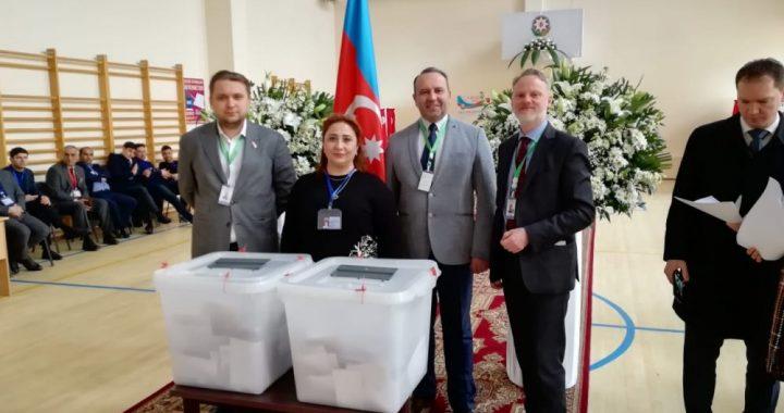 В Азербайджане проходят выборы в парламент